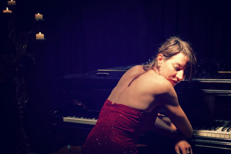 Christa Elmer Singer Songwriter